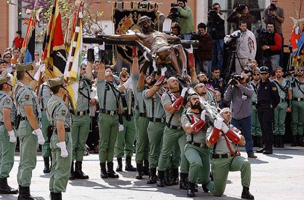 legionarios-desfile