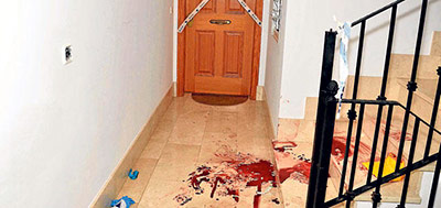 sangre-escaleras