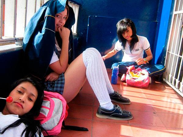 pendejos chicas putas peruanas