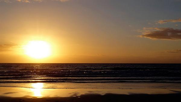 playa-sol-bajo