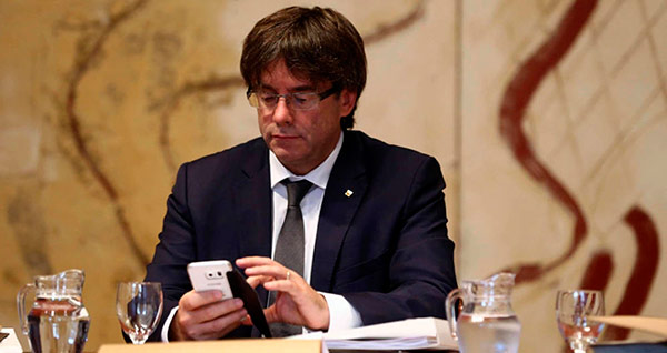puigdemont-movil