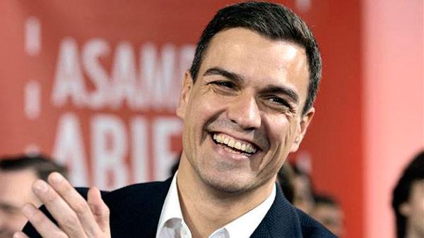 La doble cara del presidente Pedro Sánchez bilaketarekin bat datozen irudiak