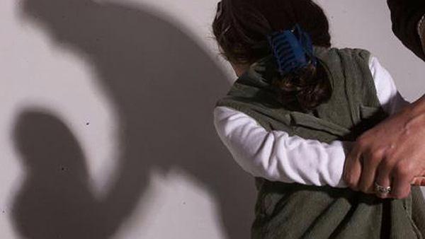 violacion nena