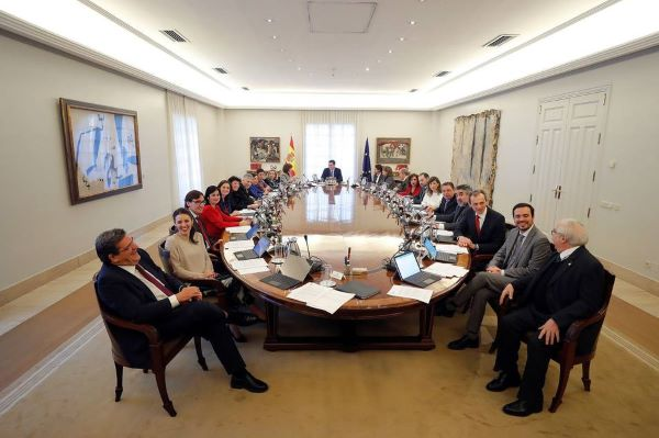 primer consejo ministros mesa