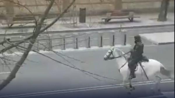 policias caballos