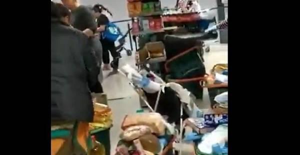 gitanos Mercadona, gitanos 3000 euros, gitanos subvencion, gitanos tarjetas solidarias, gitanos subvenciones