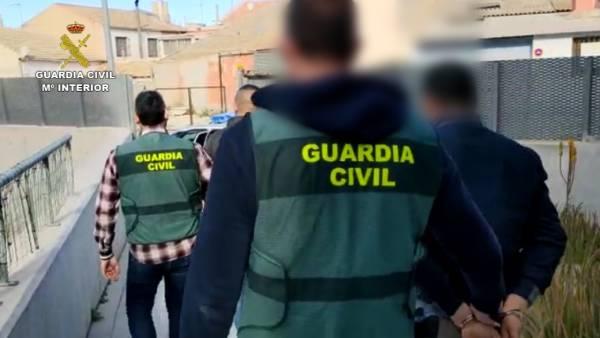 guardia civil, guardia civil detenido, guardia civil cuarentena, guardia civil estado alarma, guardia civil confinamiento