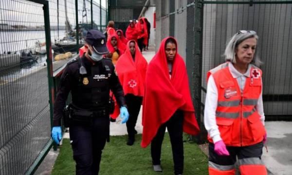 policia inmigrantes coronavirus