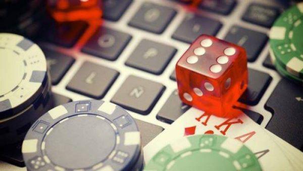 poker dados portatil