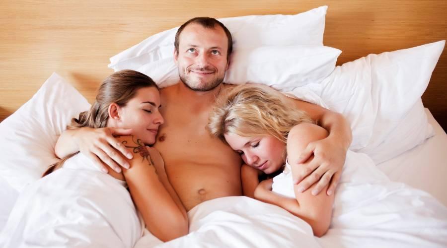 sexo trio