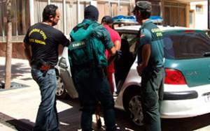 robo -  ¡Alerta! inseguridad generada por gitanos rumanos - Página 4 Guardia-civil-rumano_300_188